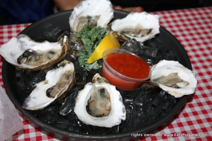 Wellfleet oysters (raw) at Moby Dick's
