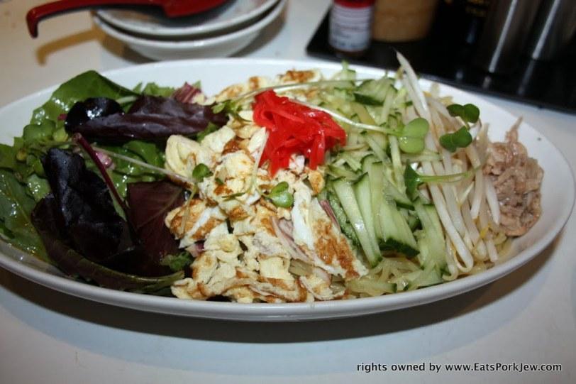 foodporn- cold ramen noodle salad from Halu