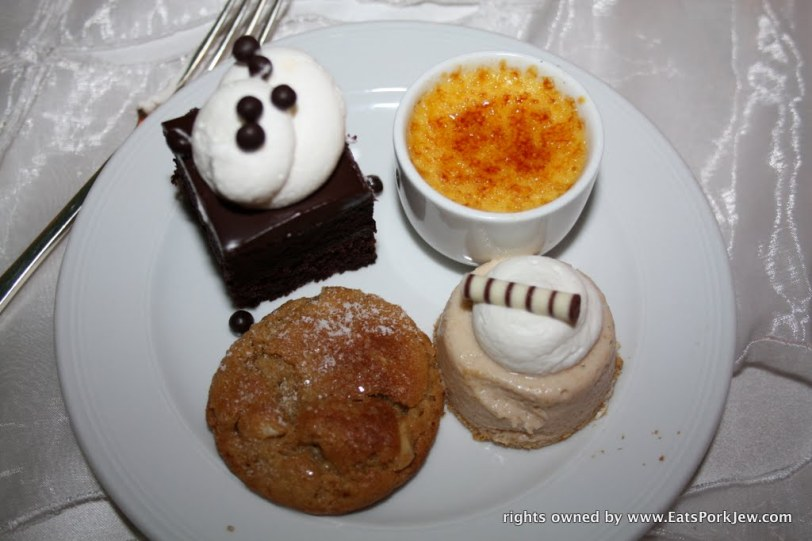food-blog-awesome-mini-wedding-desserts