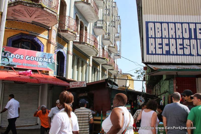 food-and-travel-blog-avenida-central
