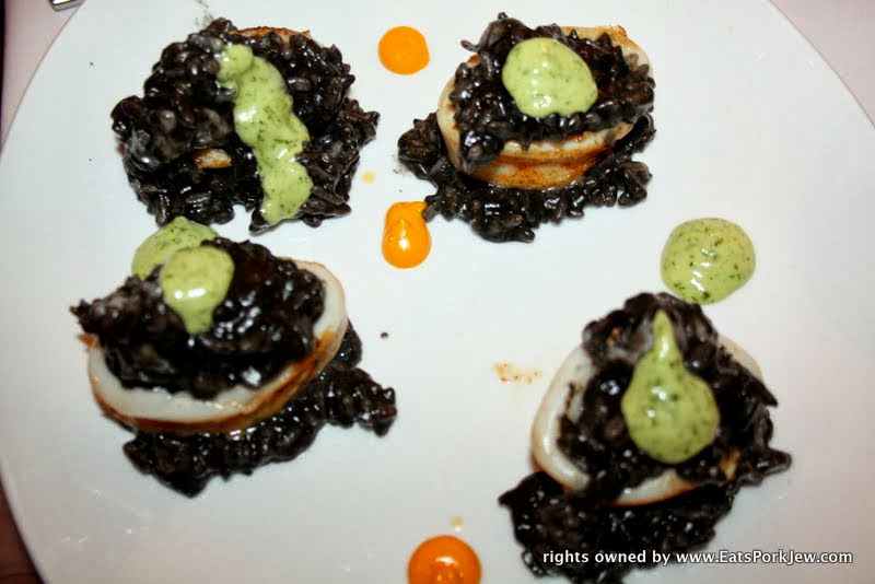 foodporn-squid-stuffed-with-black-risotto
