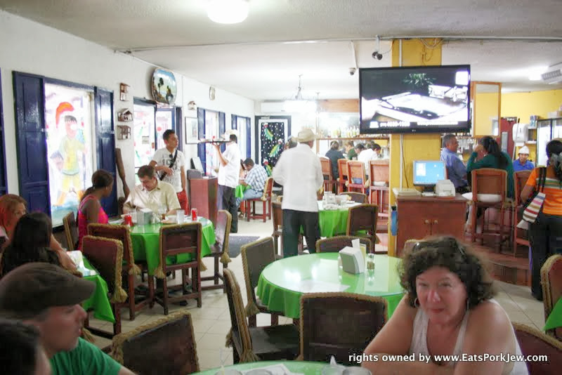 food-travel-blog-el-trapiche-authentic-panamanian-restaurant