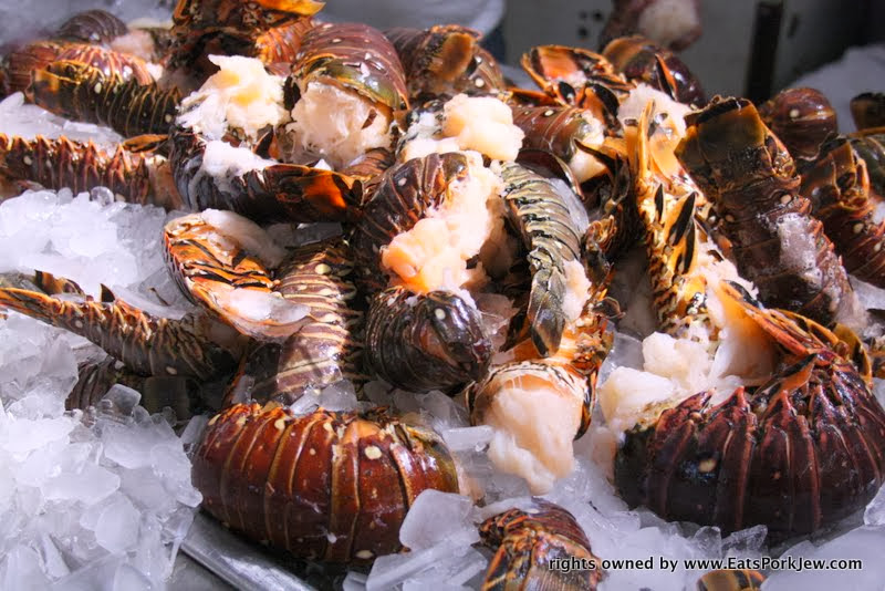 food-photos-lobster-tails-seafood-market