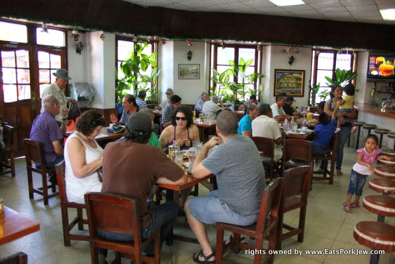 oldest-restaurant-in-panama-city-cafe-coca-cola