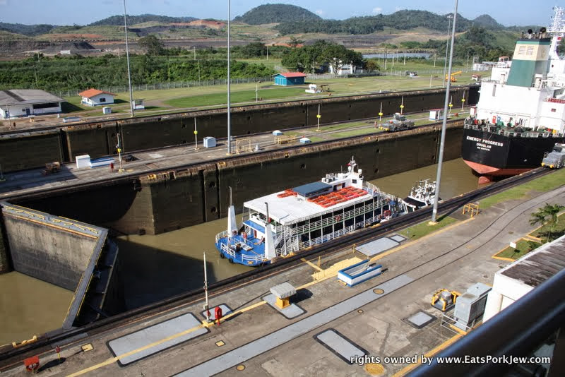 traveling-to-panama-canal-miraflores-locks-closed