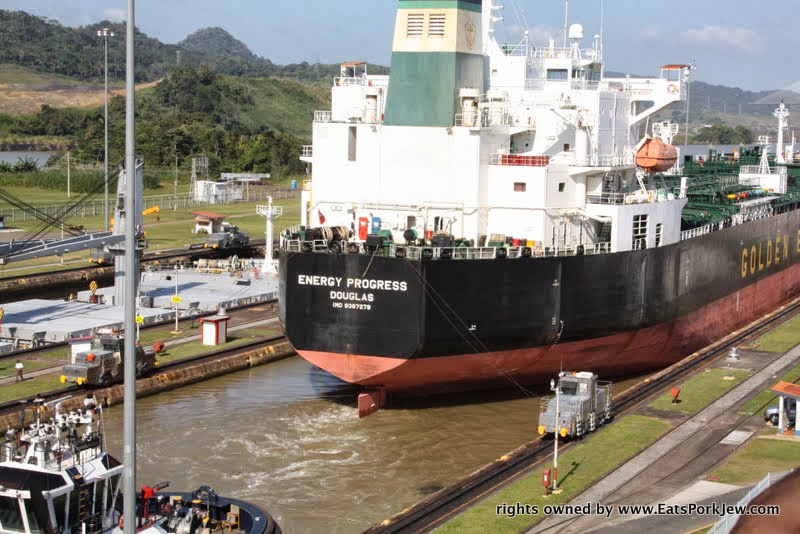 photo-ship-leaving-miraflores-locks-panama-canal