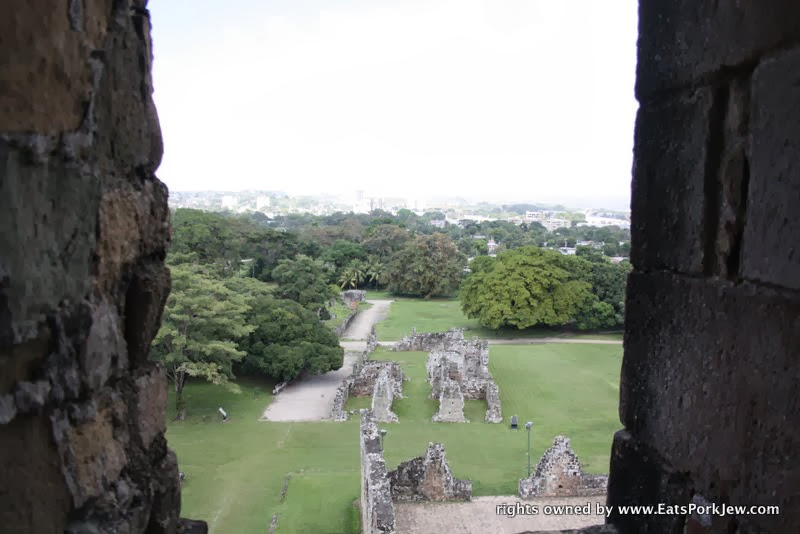 visiting-Panama-Viejo-the-old-city-ruins